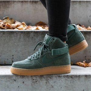 Women's Nike Air Force One Hi SE Vintage Green